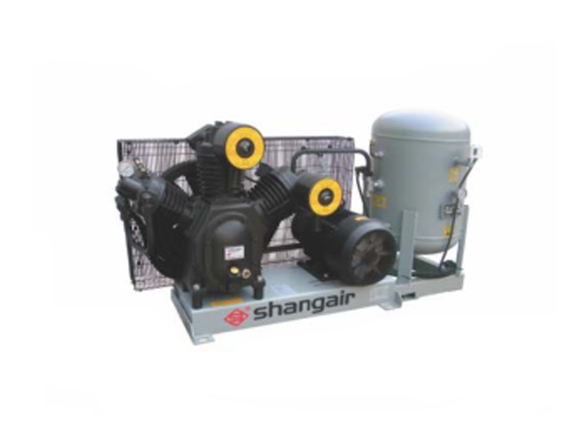 Two-stage medium pressure air compressor 09WM