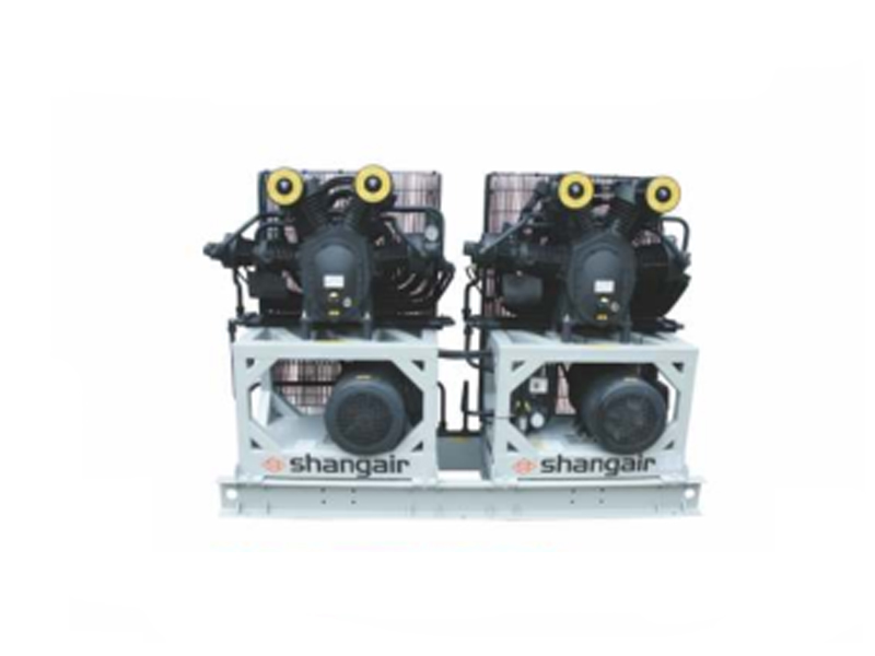 Three-stage medium pressure air compressor 09SH